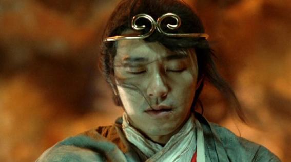 剧中,唐僧被暴打一顿后望着至尊宝的背影,语重心长地说:「生又何哀,死