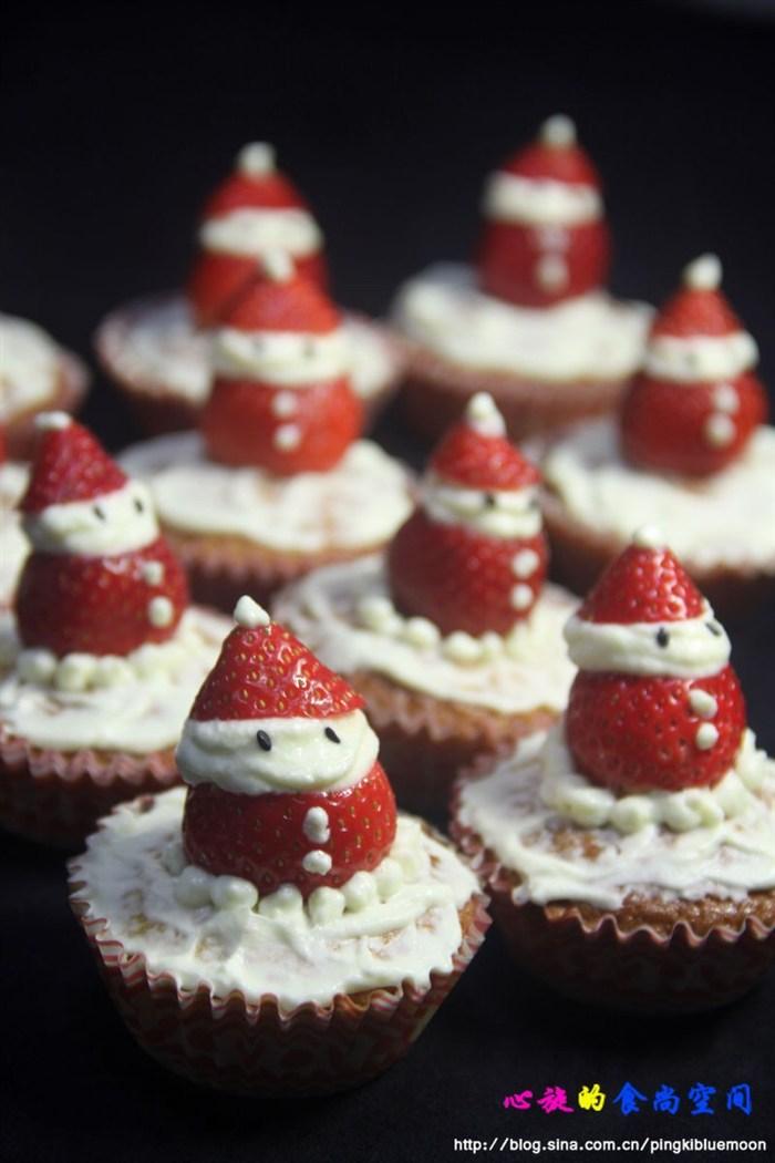 受到了幼儿园老师和孩子们的一致好评,小雪人好可爱啊,关键是蛋糕也很
