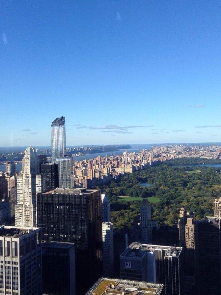 从80楼往下看的风景图