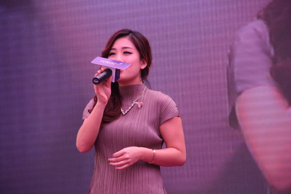 战旗福利视频,刘明湘透视装卡通,白灵模特,广西光图片衣美女图片图片