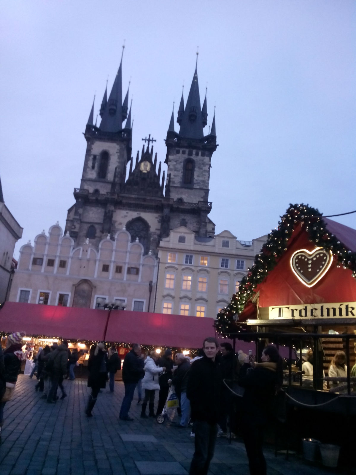 布拉格广场圣诞夜景