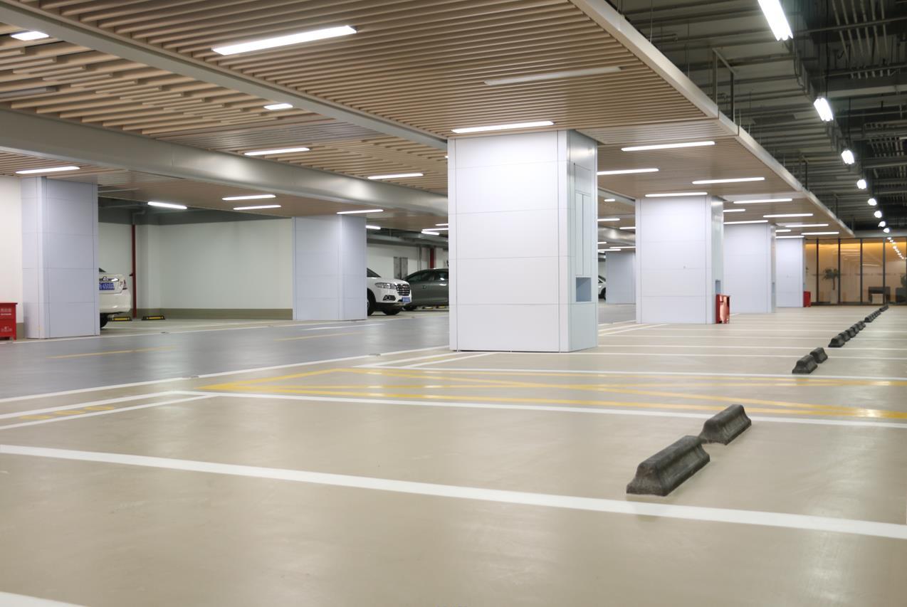 地下停车场独具气场