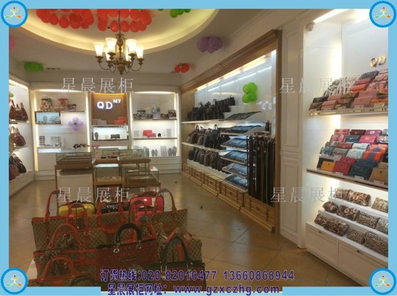 一些品牌鞋柜装修效果,鞋柜专卖店在我们日常生活中都能看到.