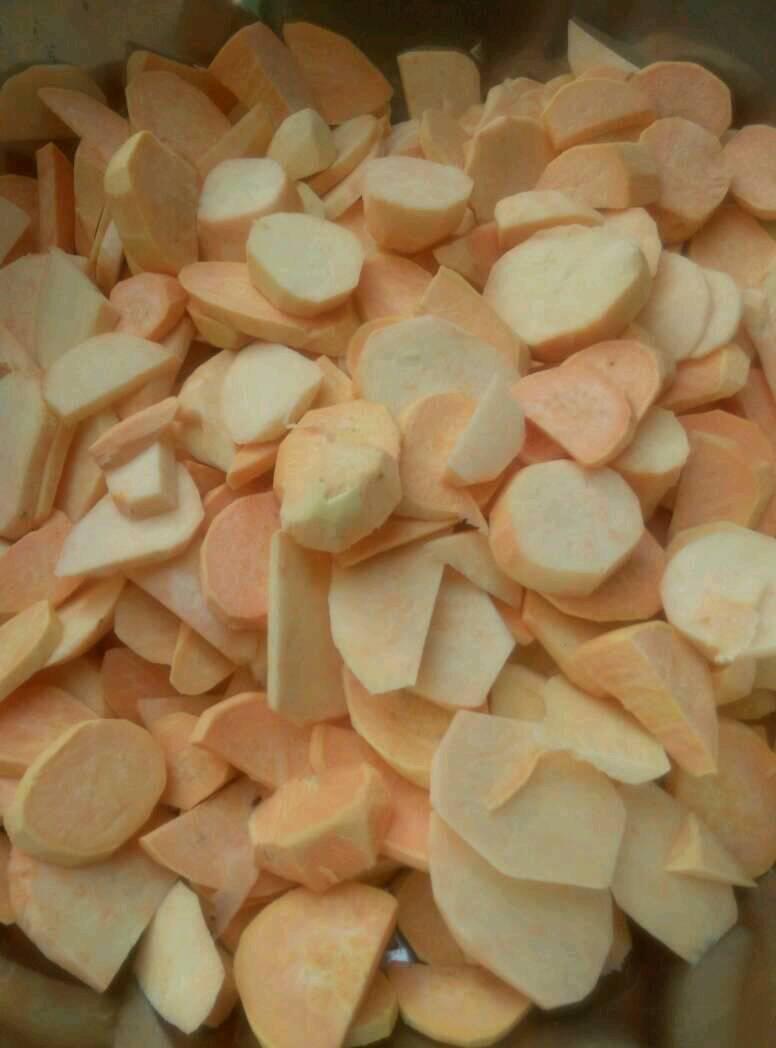 有人喜欢吃纯手工制作的红薯片么?