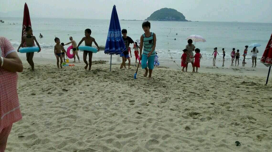 周未亲子游一一海边拾贝作画