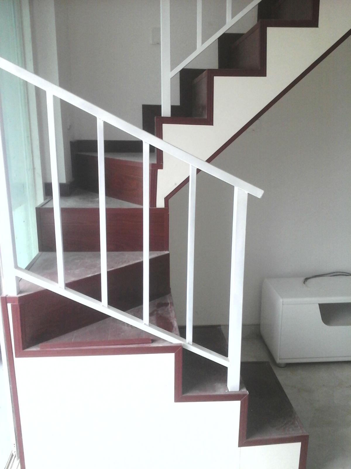 木地板铺楼梯