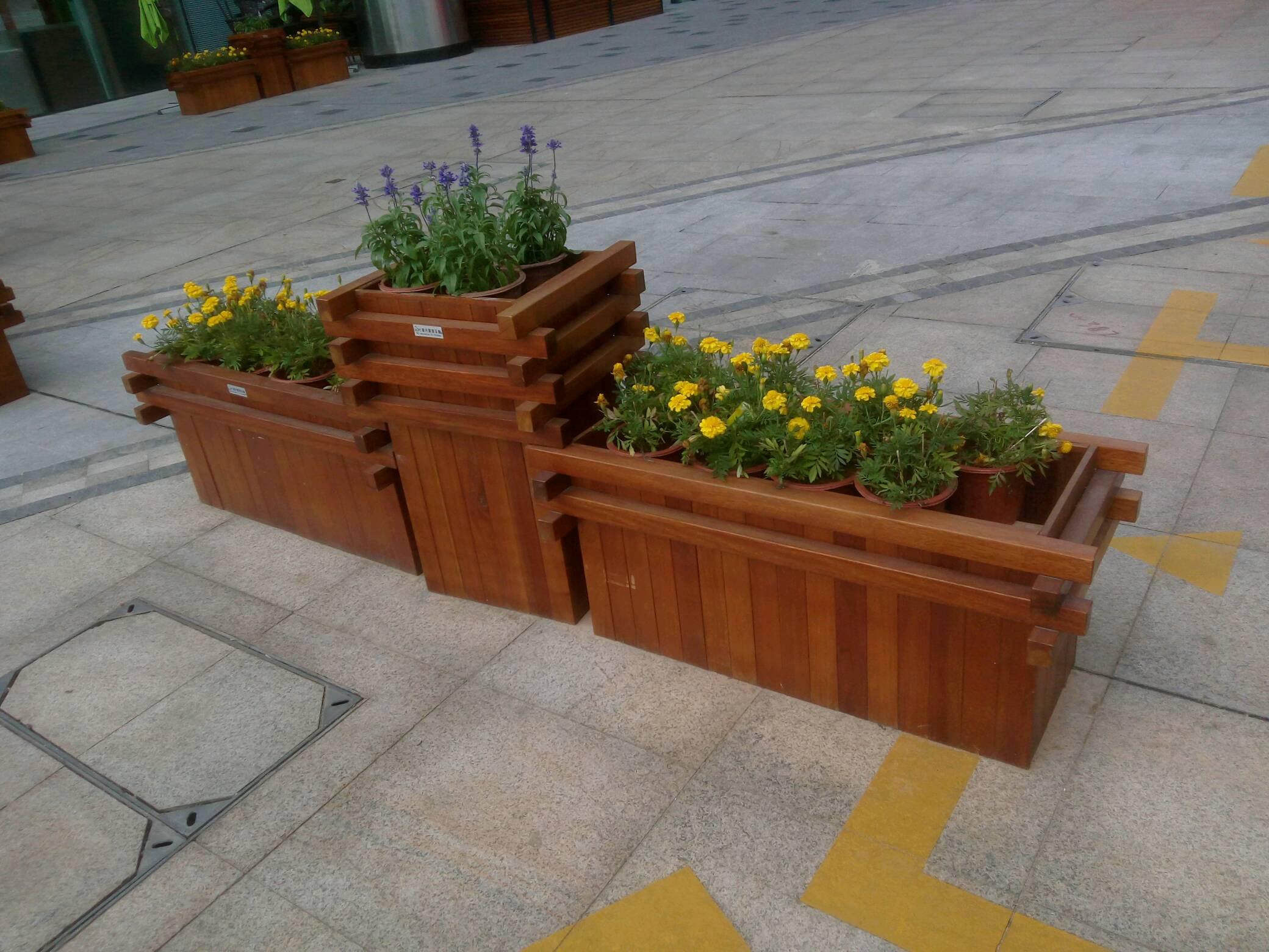 户外防腐木定做:花箱 廊架